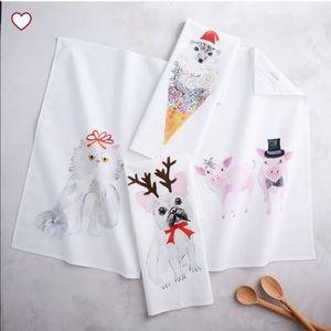 West Elm Kitchen - NWOT West Elm Hedgehog Christmas Ice Cream Towels!